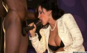MILF Bombshell LISA ANN rides All-Star player, Ice Cold XXX