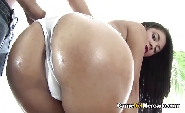 Carne Del Mercado Intense Pickup And Fuck With Fiery Brunette hispanic Babe