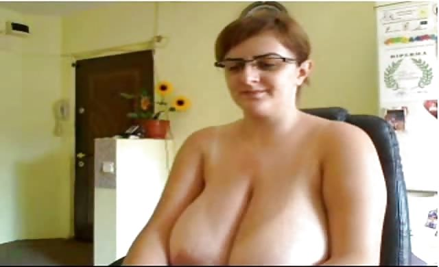 Nerdy Milf With monstrous tits On Sexygirlsoncameras com