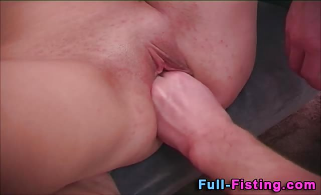 Tiny Amateur young Fisted