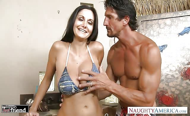 Brunette Milf Ava Addams Gets massive Knockers poked