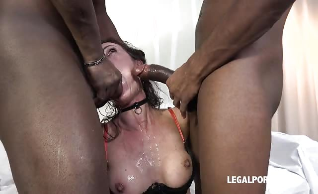 Extreme french old double anal gape dp and fisted by 2 rods