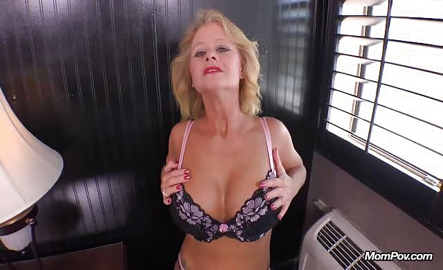 Real milf large breasts love to fuck anal