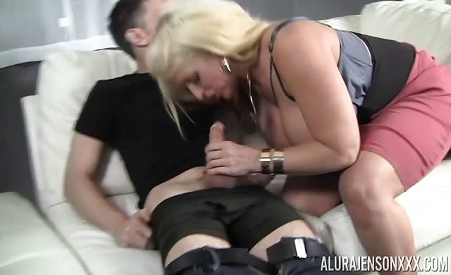 Alura jenson my stepsons large dong milf bigtits