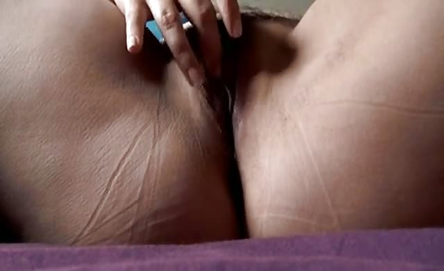 Bbw broad With Glassed Masturbates On Bed