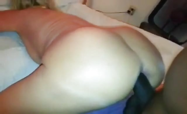 Milf Starts Squirting As Soon As Bbc Enters Her Ass