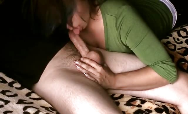 Milf Gives Awesome Swallow Blowjob